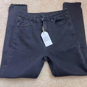 Brand new black SADIE & SAGE stretch jeans.